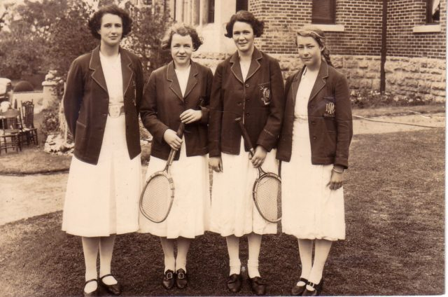 1937-Freda-Jacob-tennis