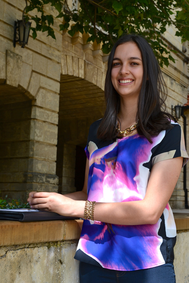 Uwa  Fogarty  Scholar  Georgie  Carey  Resized